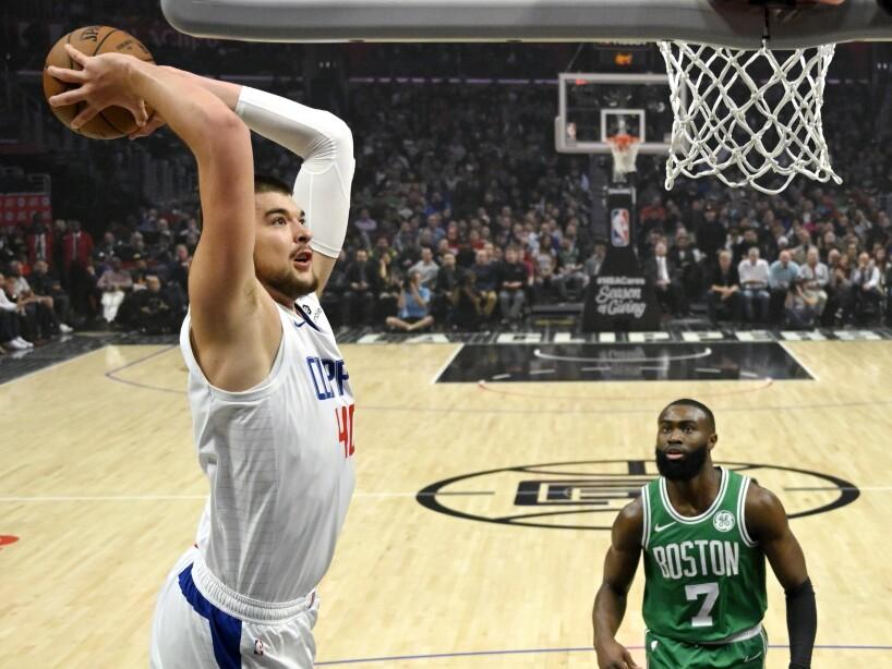 Los Angeles Clippers 107–104 Boston Celtics