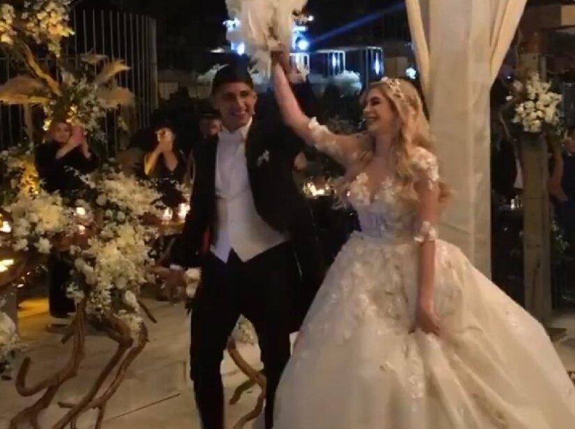Alan Pulido, boda 6.jpg