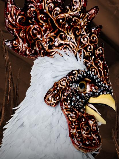 Aunque es un gallo de ciudad, mantiene la esencia del pueblo.
