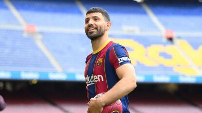 'Kun' Agüero puede debutar con el Barcelona ante Valencia