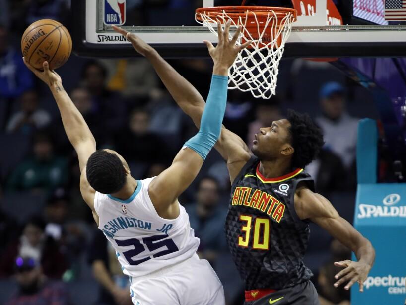 Hawks Hornets Basketball