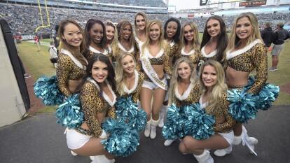 Se fue la Semana 14 del mejor futbol americano del mundo y nos pudimos deleitar con el espectáculo de las cheerleaders.