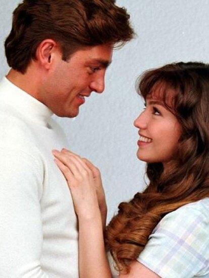 Sin lugar a dudas una de las parejas que robó los suspiros de los fans fue la de 'Luis Fernando de la Vega' y 'María', en 'María la del barrio', cuando hizo pareja con Thalía.