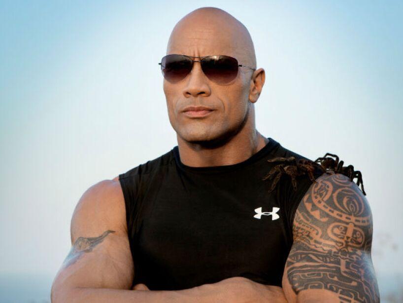 15. Dwayne Johnson: La Roca donó 1 millón de dólares a la Universidad de Miami, para la construcción de una cancha de fútbol americano.