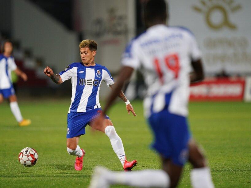 Aves vs Porto 1.jpg