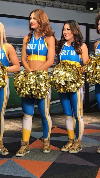 Chargers Cheerleaders 15.jpeg