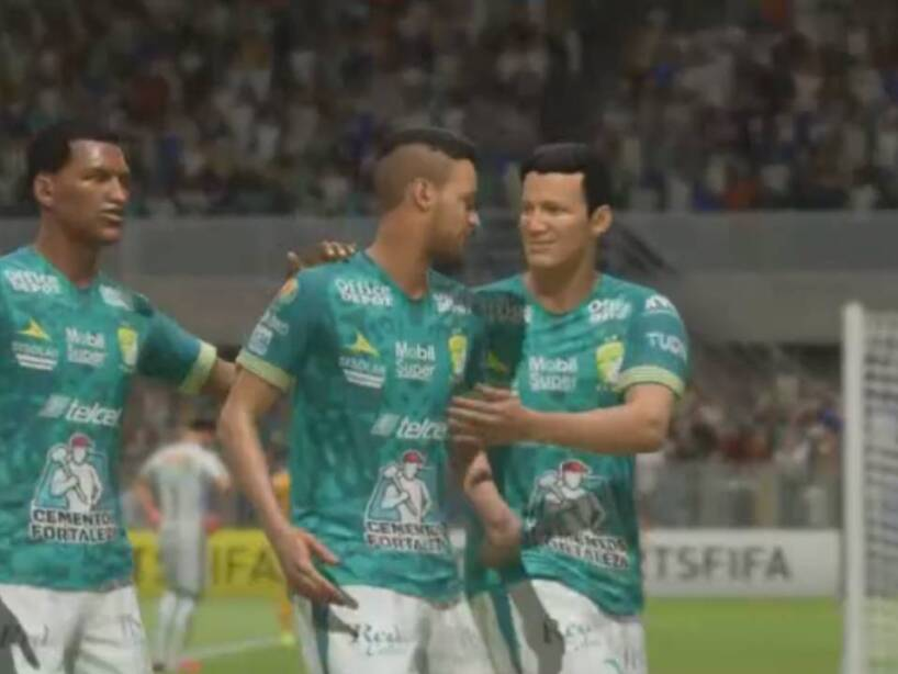 León Tigres eLiga MX (40).jpg