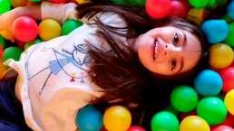 De lacia a china: Aitana Derbez presume voluminosa cabellera