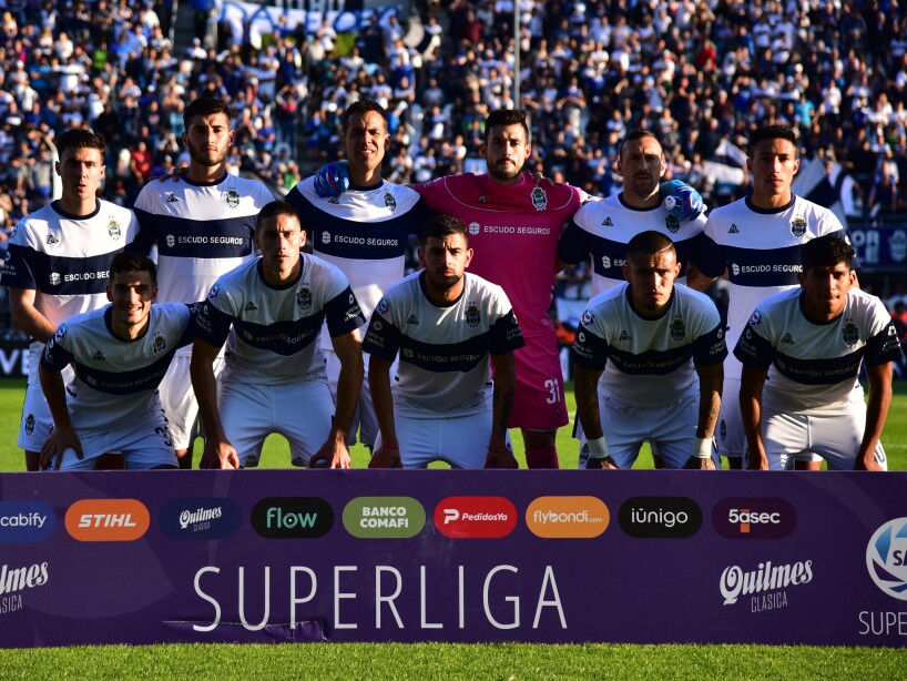 Gimnasia y Esgrima La Plata v River Plate - Superliga 2019/20