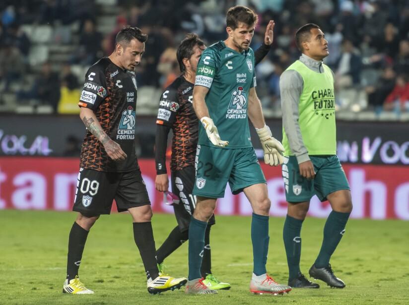 Por los Rayados marcaron Sánchez (10', 54'), Pizarro (42') y Medina (80'). Por los locales anotaron López (28') y Guzmán (84').