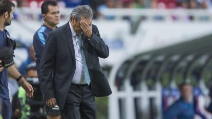 Las Chivas pierden tres puntos cruciales de cara al clásico nacional.