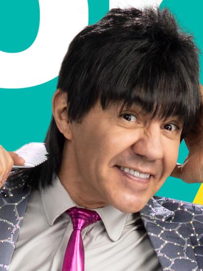 Adrián Uribe es el actor quien encarna a 'El Vítor', personaje que se convertirá en el nuevo conductor del programa Minuto Para Ganar VIP, que se estrenará el próximo 13 de junio a las 9:00 de la noche, por Las Estrellas. A continuación, recordamos su trayectoria.