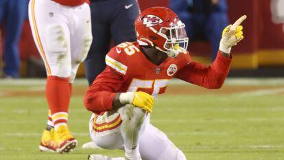 Esta vez, la ofensiva de los Chiefs batalló un poco y su defensa tuvo que hacer el trabajo, resaltando la actuación de Tyrann Mathieu y Frank Clark.