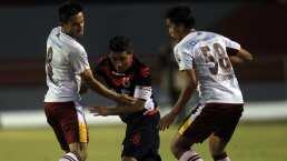 El árbitro del Chivas vs Atlas, que debutó como futbolista Miguel Herrera