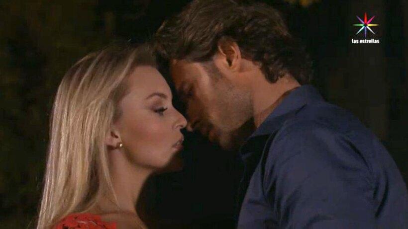 Montserrat Y Alejandro Tuvieron Su Primer Beso Las Estrellas