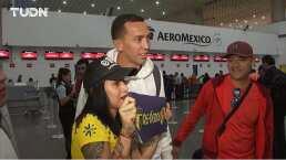 ¡Adiós, Marchesín! Aficionados lo despiden en el aeropuerto