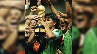 México se impuso en una vibrante final ante la escuadra carioca. El 'jogo bonito' no fue suficiente, pues el tricolor no perdonó y levantó la copa Confederaciones en 1999,