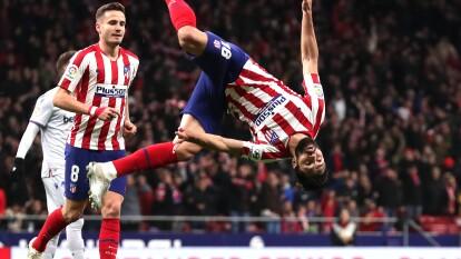 Atlético de Madrid consuma un triunfo clave para mantenerse en la parte alta de la liga española.