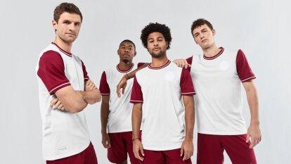 Bayern Munich, junto con Adidas, lanzan kit conmemorativo para celebrar los 120 años de historia del club.