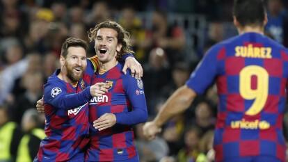 Barcelona 3-1 Borussia Dortmund. El tridente ofensivo de Barcelona sigue con buen ritmo. Dortmund pone en peligro su clasificación.