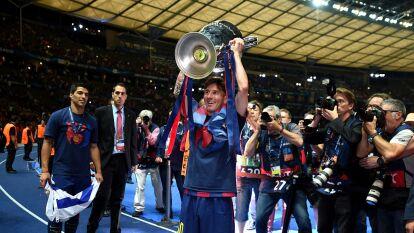 Con su gol frente al Atlético de Madrid, Lionel Messi accedió a un selecto grupo de jugadores que han anotado 700 goles oficiales en su carrera futbolística.