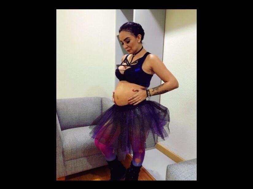 Mira la pancita embarazada y tatuada de 'La Wanders'