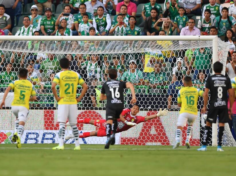 Con goles de Macías, Mena, Furch y Castillo, León y Santos empataron en la Fecha 7 del Apertura 2019.