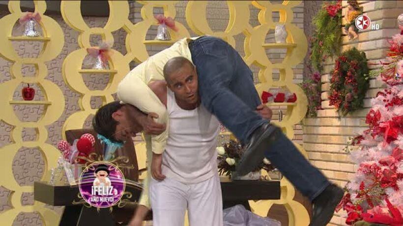Hoy Comedia Burro 01Ene2014