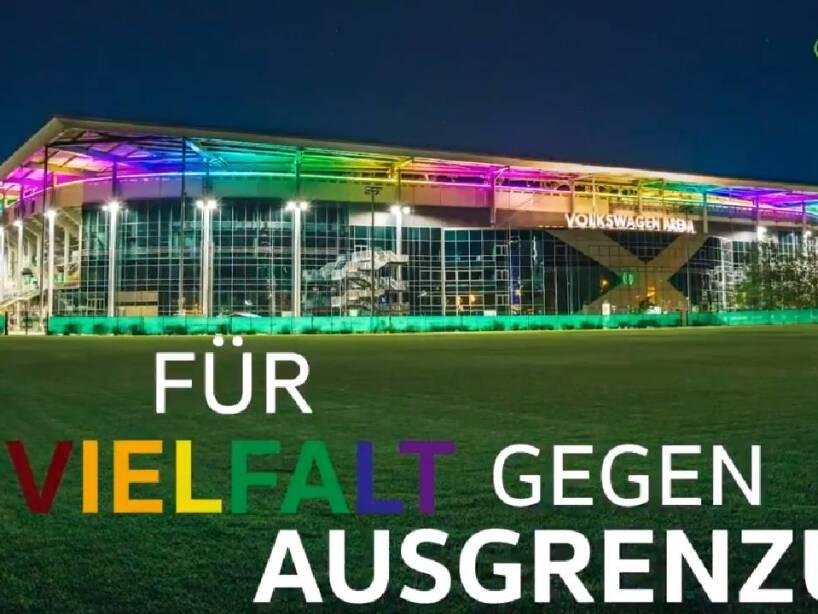 Wolfsburg jersey (8).jpg