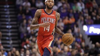 New Orleans Pelicans 124-121 Phoenix Suns. Brandon Ingram anota 28 puntos en la victoria de los Pelicans.