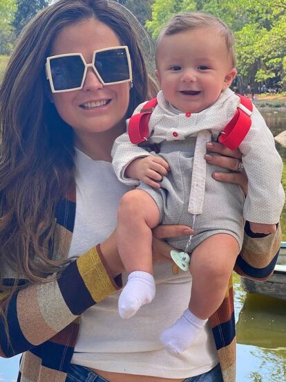 Desde que Mariana Echeverría debutó como mamá no ha dejado de compartir fotografías de su hijo Lucca, quien esta vez desató ternura en redes sociales por su angelical sonrisa.