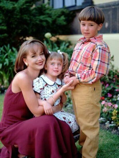 En 1998 se estrenó una de las telenovelas más importantes de la década de los 90: 'La Usurpadora'. La producción fue estelarizada por Gaby Spanic y Fernando Colunga; pero además de los protagonistas, llamaron la atención los personajes de 'Carlitos' y 'Lisette', mira cómo lucen los adorables niños 22 años después.