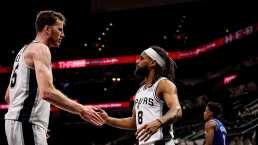 Spurs gana y corta racha de los Knicks