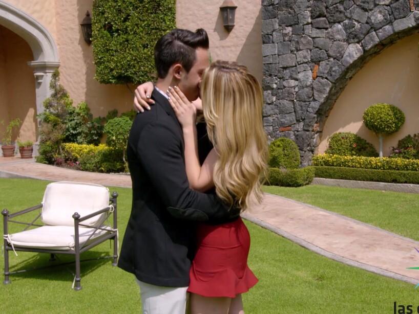 Accidente De Actores De Televisa >> FOTOS: Los mejores besos de La Rosa de Guadalupe | La Rosa de Guadalupe | Las Estrellas TV