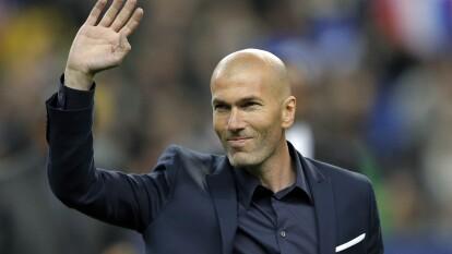 Zinedine Zidane está de fiesta, cumple 48 años y lo celebramos repasando su carrera en imágenes. Prácticamento lo ha ganado todo: campeón de Copa del Mundo, de Liga, de Champions League. Un ganador nato, Zizou.