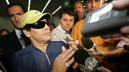 Se cumplen 29 años del doping positivo de Diego Armando Maradona que terminó la novela de amor entre él y el Napoli. Al '10' lo suspendieron 15 meses y jamás volvió a jugar en Italia.