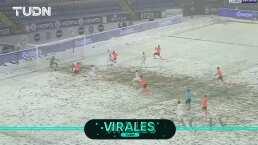 ¿Los ves? Equipo de blanco se camuflajea en la nieve