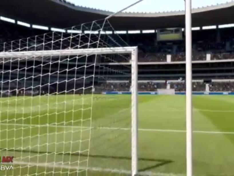 Querétaro vs Santos eLiga MX (2).jpg