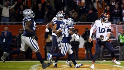 Trubisky lanza 244 yardas y tres touchdowns en la importante victoria de los Bears en el arranque de la Semana 14 en la NFL.