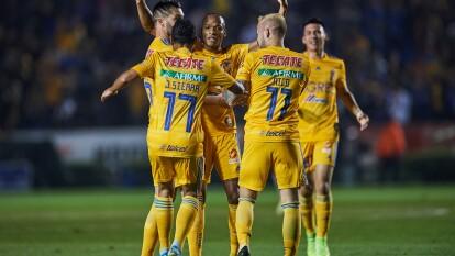 Con goles de Luis Quiñones y André Pierre Gignac, Tigres le pega 2-1 al Atlas y se queda con los tres puntos.