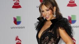 Ante abucheos en los Latin Grammy, Thalía defiende a Luis Miguel