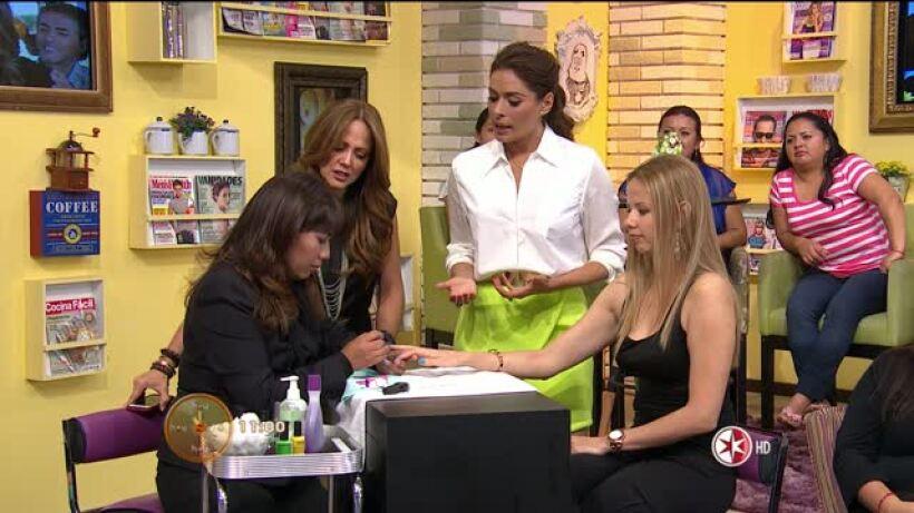 Andrea y Galilea nos presentan Moda y Decoración en uñas