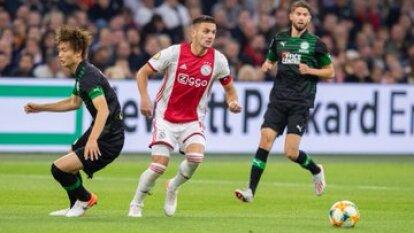 El Ajax gana en el Johan Cruyff Arena y toma el liderato de la la Eredivisie.