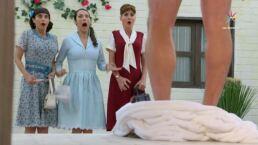 Revive la escena:  Las solteronas conocieron a León... ¡sin ropa!