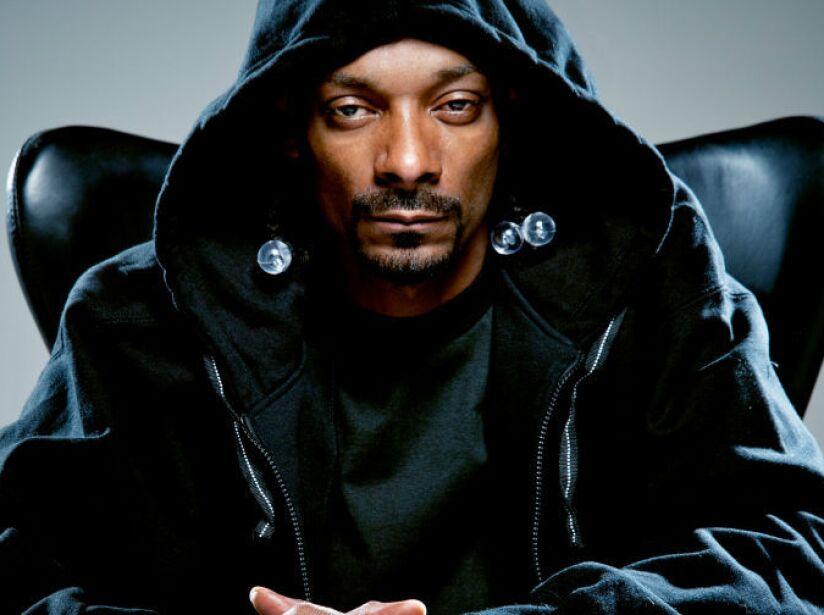 9. Snoop Dogg: Este rapero ha actuado en comedias como Scary Movie 5 y Pitch Perfect 2, entre otras.