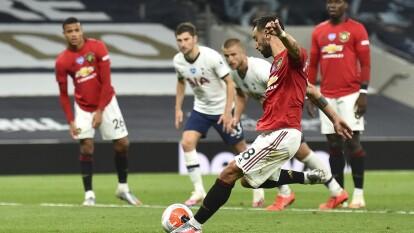 Manchester United y Tottenham repartieron puntos en la PL | Los de Mourinho abrieron el marcador y los 'Red Devils' alcazaron en la cuenta y estuvieron cerca de la victoria.