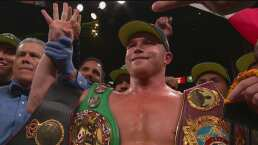El 'Canelo' presume su cuarto título mundial