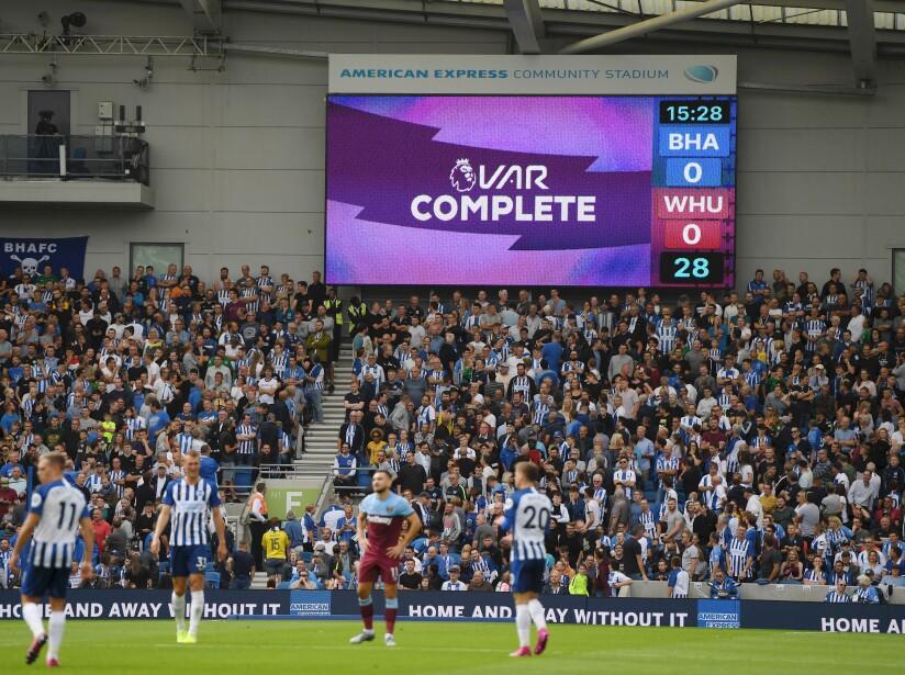Chicharito anota y West Ham empata ante el Brighton.
