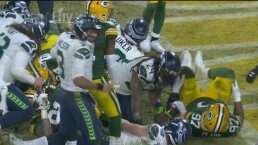 ¡Modo bestia! Marshawn Lynch consigue el touchdown para Seattle