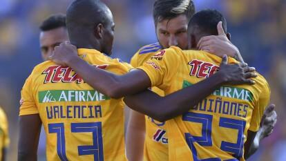 El flamante campeón de la Liga MX se aproxima a la cima del torneo tras vencer 3-1 a Necaxa.